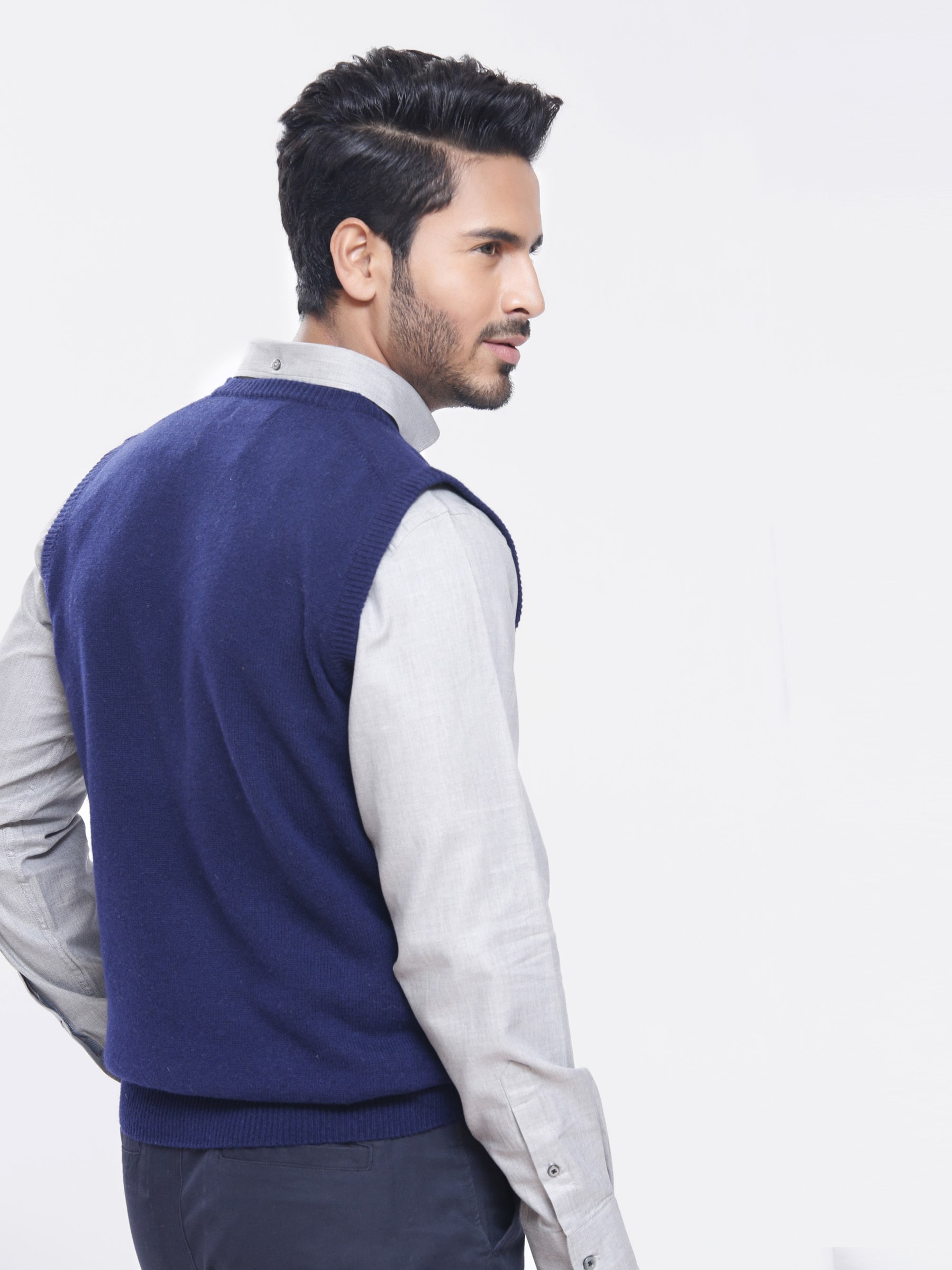 Lambswool Navy Blue Sleeveless Sweater | Brumano
